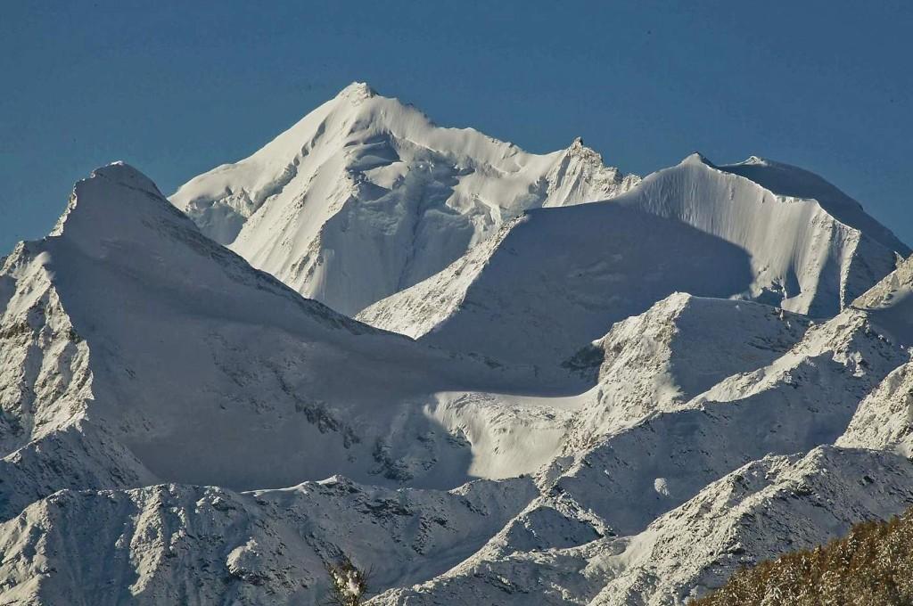 Himalaya in Europa – das Weisshorn (4.505 m), Fernglasblick vom Balkon des Chalets