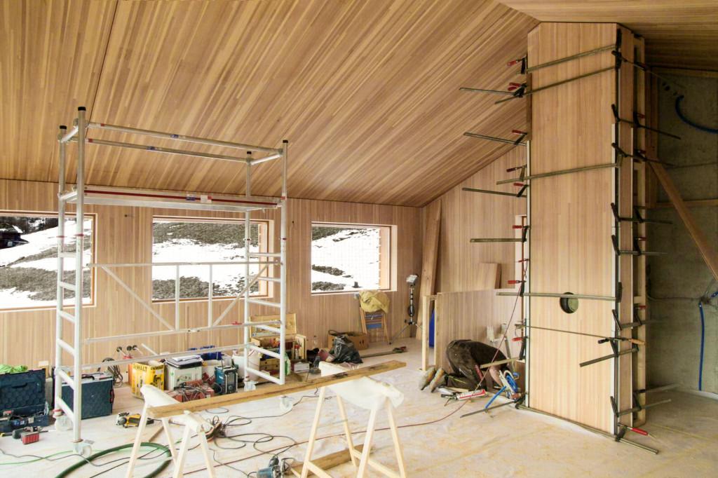 Vom sehr aufwendigen Innenausbau mit dem Holztäfer wurden leider nur zwei Fotos gemacht.