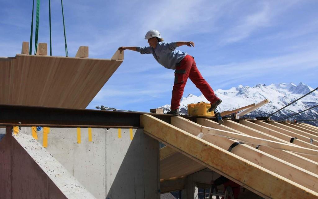 Aufbau der Dachkonstruktion, April 2014