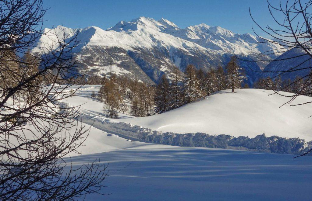 Ausblick vom Winterwanderweg, bei viel Schnee 2018